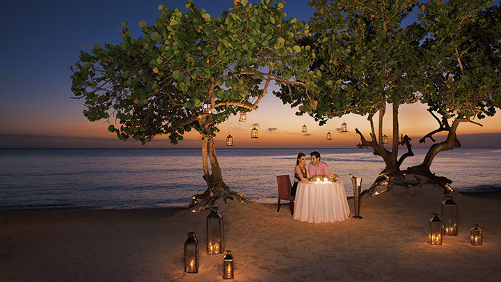Romantic candlelight dinner at the beach, Dreams Dominicus La Romana