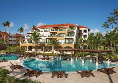 Preferred Club Pool Sonnenterrasse im Secrets Royal Beach, Domnikanische Republik