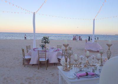 Essen nach der Hochzeit am Strand in Punta Cana, Dominikanische Republik