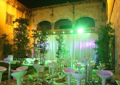 A cocktail reception in the Zona Colonial with WICKED Events