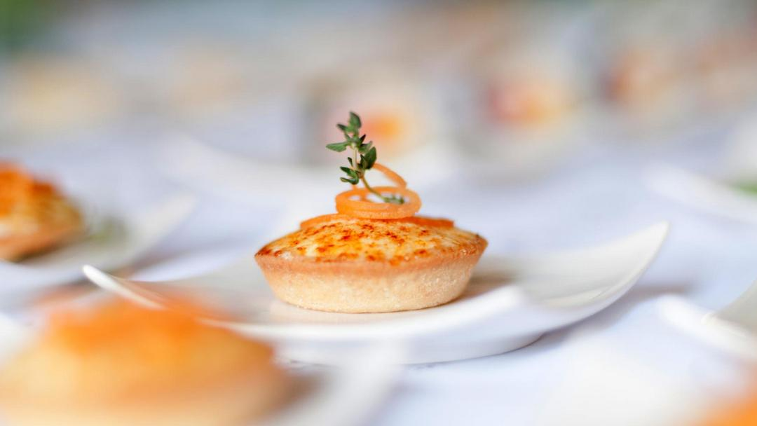 Caramalized goat cheese delicacy