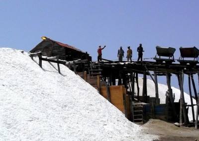 Salt production close to Baní