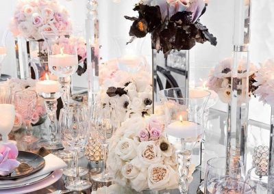 Table decoration for an event by WICKED Events